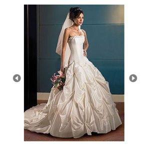 Maggie Sottero Capri Marie Dress / Bridesmaids
